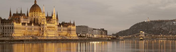 Tres días en Budapest. Peli o Manta. Parlamento Budapest
