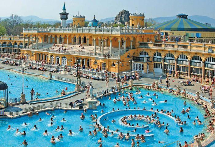 Tres dias en Budapest. Peli o Manta. Balneario Szechenyi