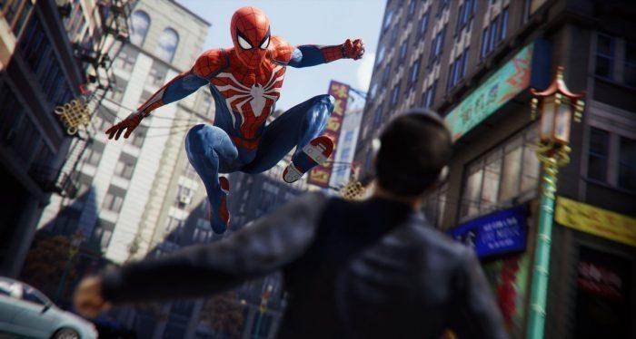 Peli o manta. Spiderman. Atacando