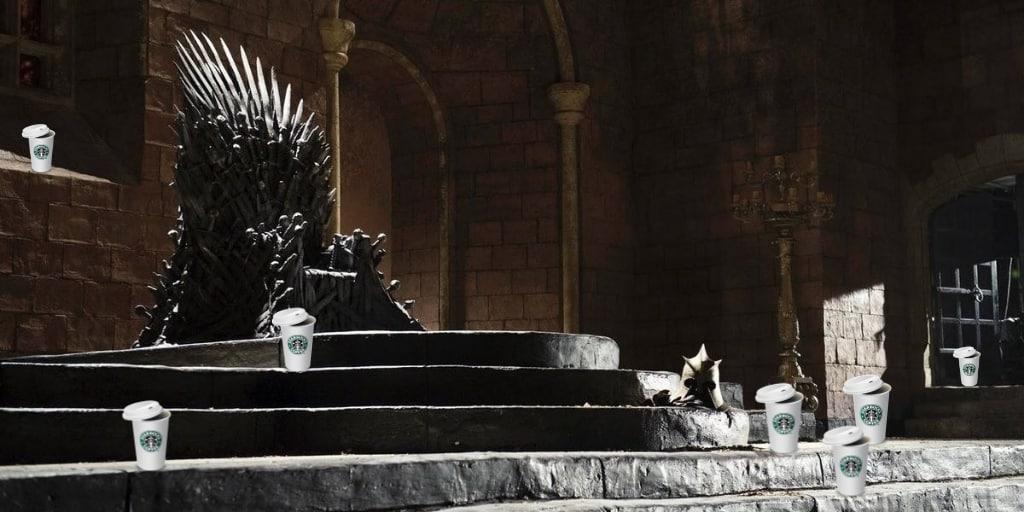 Starbucks y el trono de hierro. Peli o manta. Trono vacío
