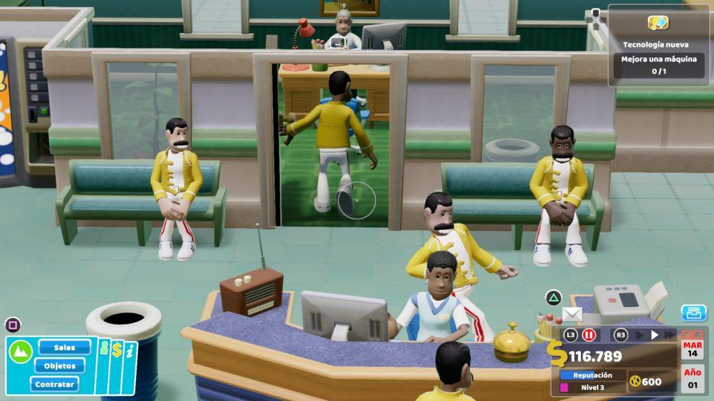 En la imagen se ven 4 Freddie Mercuries diferentes, 2 de ellos negros, entrando o esperando para ver al doctor