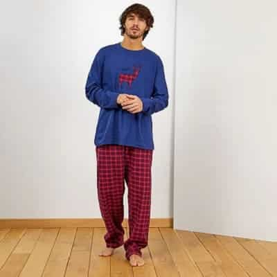 Personajes de Succession. Peli o Manta. Pijama