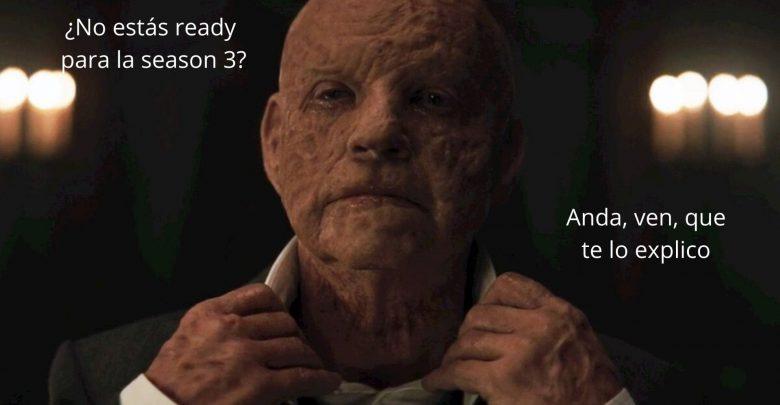 En la portada del resumen dark temporada 2 sale Adam diciendo que si quieres ayuda, te resume la temporada 2