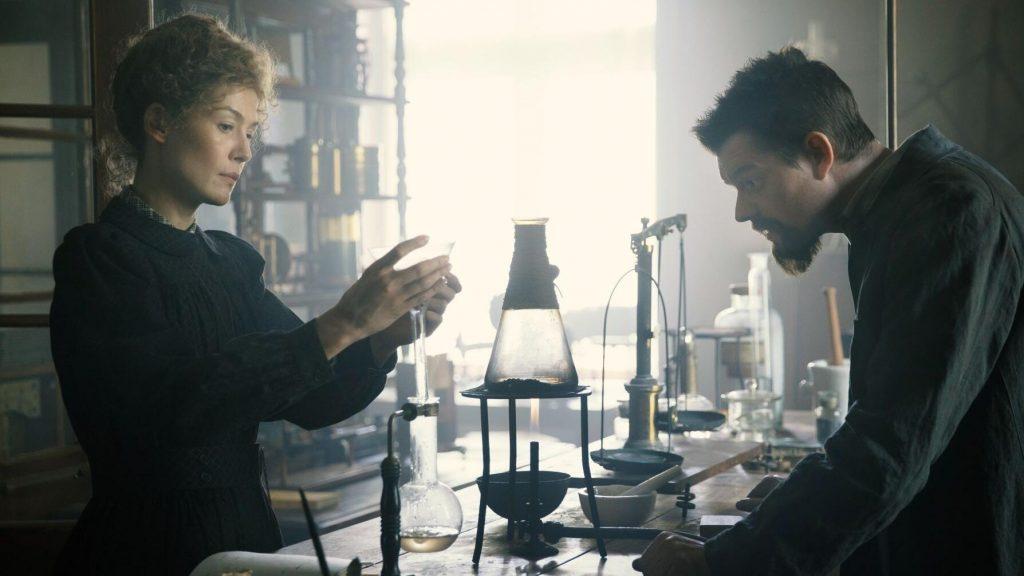 Peli o manta. Madame Curie. Los Curie