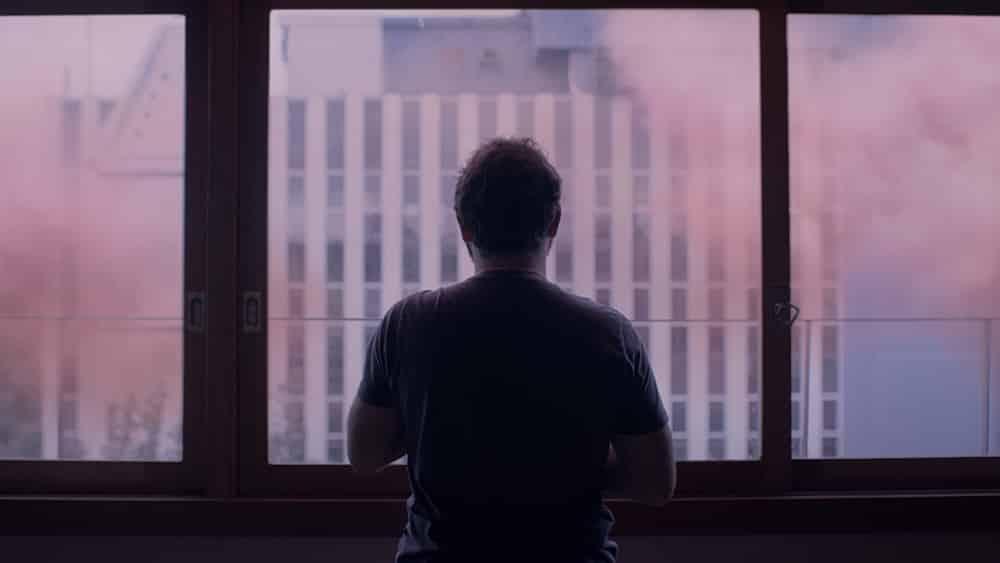 Peli o Manta. The Pink Cloud. Él